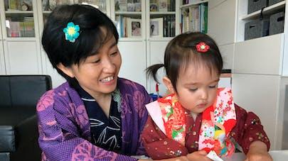 maman japonaise avec sa fille