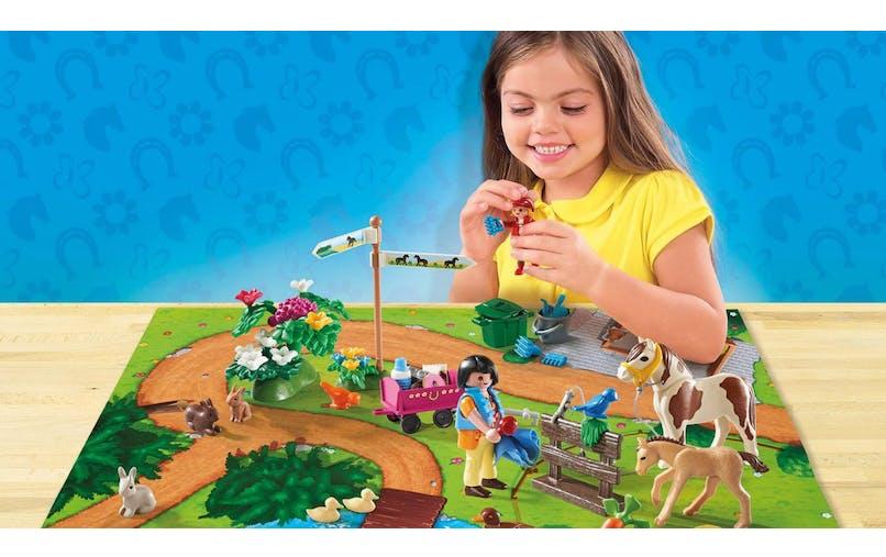 Play Map cavaliers et poneys Playmobil