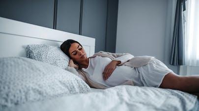 enceinte et au repos forcé