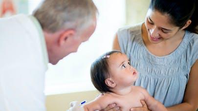 bébé et vaccin