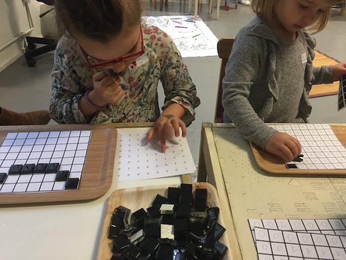 Atelier logique binaire Colori