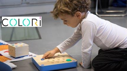 Colori : des activités d'inspiration Montessori pour initier les enfants au code et à l'informatique, mais sans écran !