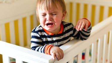 Troubles du sommeil de l'enfant: et si on essayait l'hypnose?