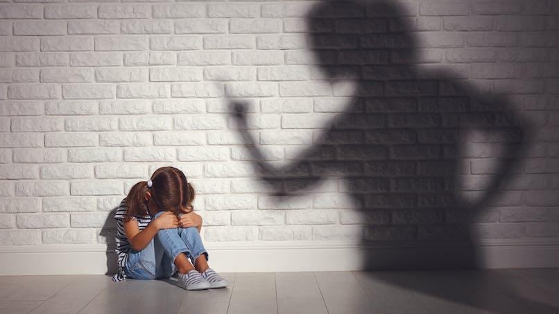 Gifles, injures, fessées... une campagne contre les violences éducatives aux enfants