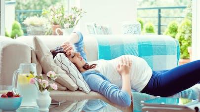 Migraine et grossesse : ce qu'elle peut indiquer ou non