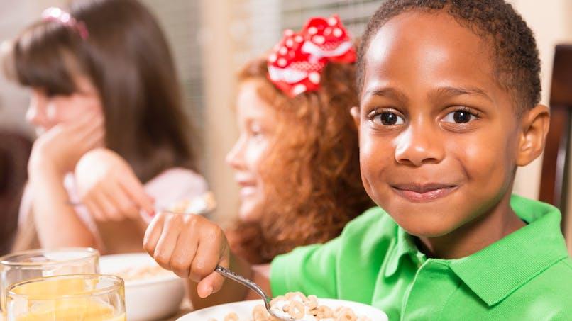 Petit-déjeuner à l'école : l'Etat débloque 6 millions d'euros
