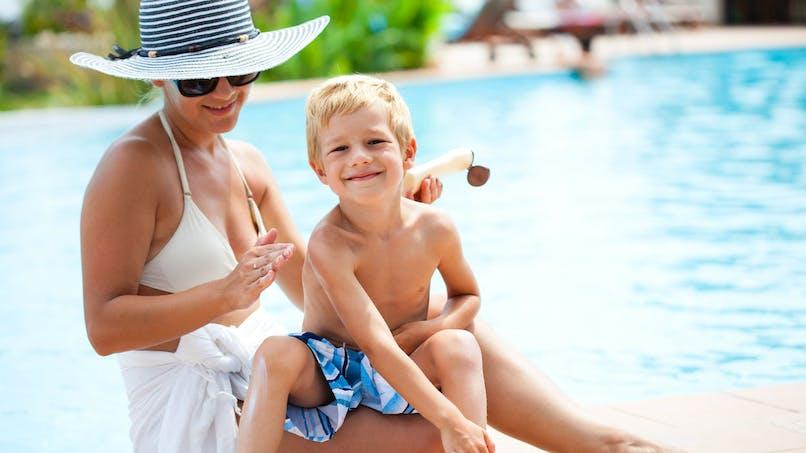 Crèmes solaires pour enfants: acheter en pharmacie n'est pas toujours nécessaire
