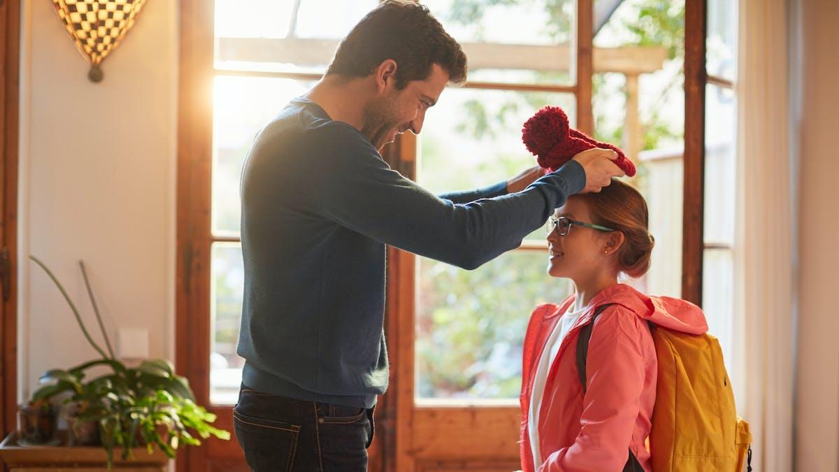 Résidence alternée : les parents se partagent la garde de l'enfant.