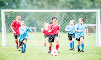 Loisirs : les sports d'équipe favorisent le développement du cerveau chez l'enfant