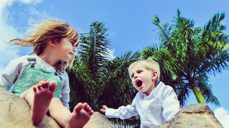 Frères et sœurs : comment régler leurs disputes ?