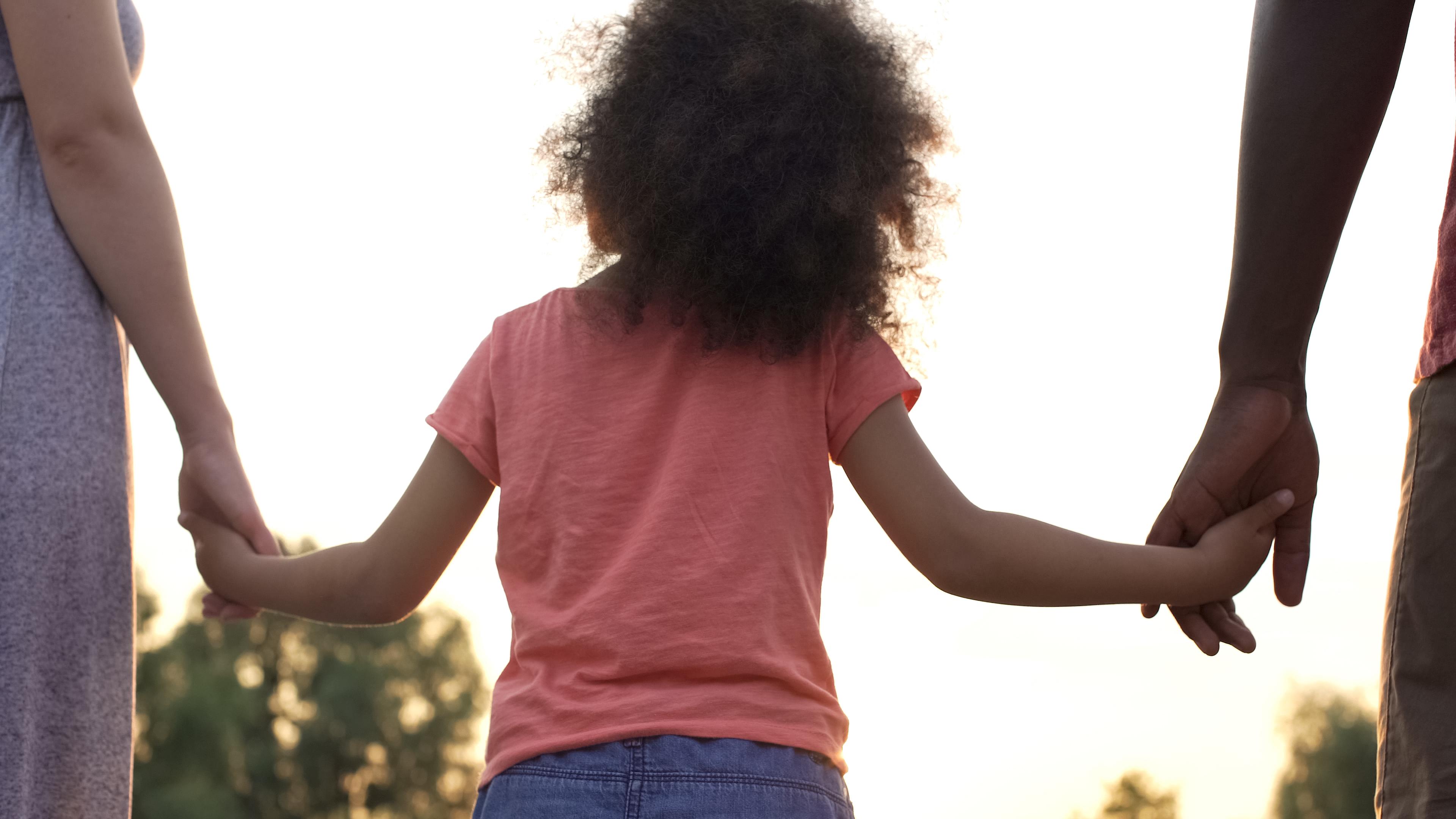 Adoption simple ou plénière : ce qui change
