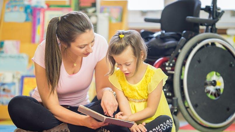 Handicap: une rééducation par le jeu pour les enfants atteints de paralysie cérébrale