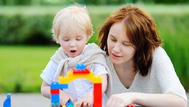 Mon enfant change de nounou : comment l'accompagner ?