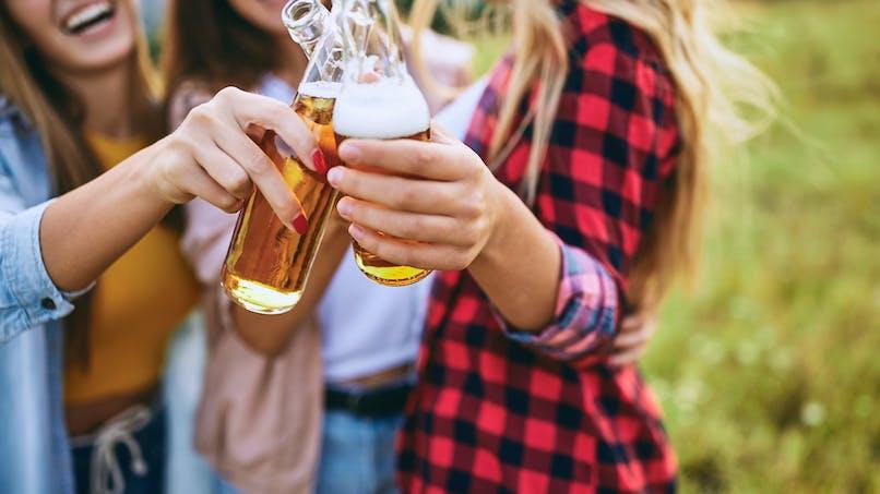 Binge drinking : il réduit la croissance du cerveau
