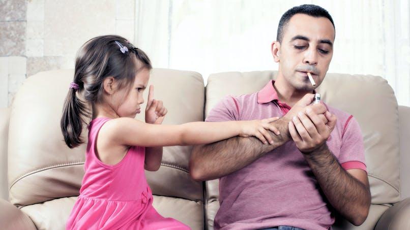 Le tabagisme tertiaire, cet autre danger du tabagisme passif pour les enfants