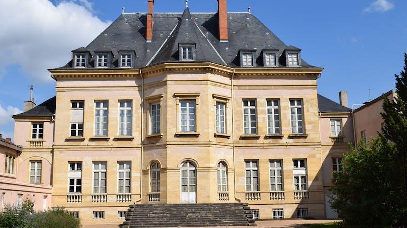 Musée des Beaux-Arts et d'Archéologie Joseph  Déchelette
