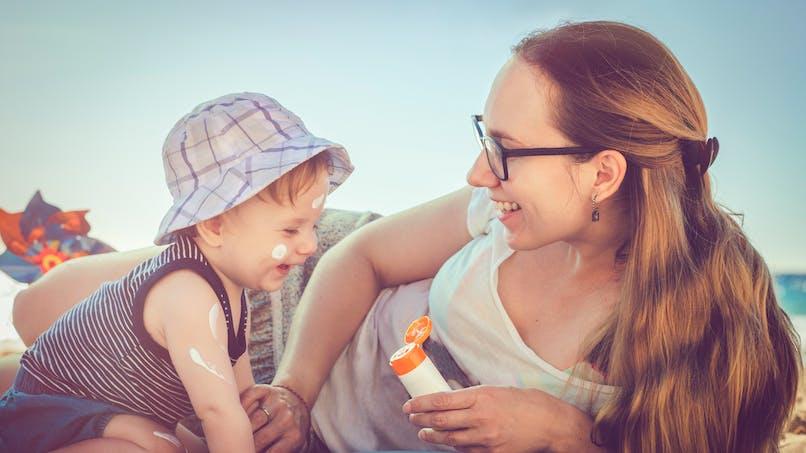Crèmes solaires pour enfants : découvrez le palmarès de l'UFC-Que Choisir
