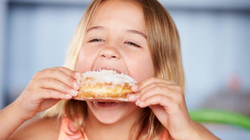 Sucre : l'Anses alerte sur une consommation excessive chez l'enfant