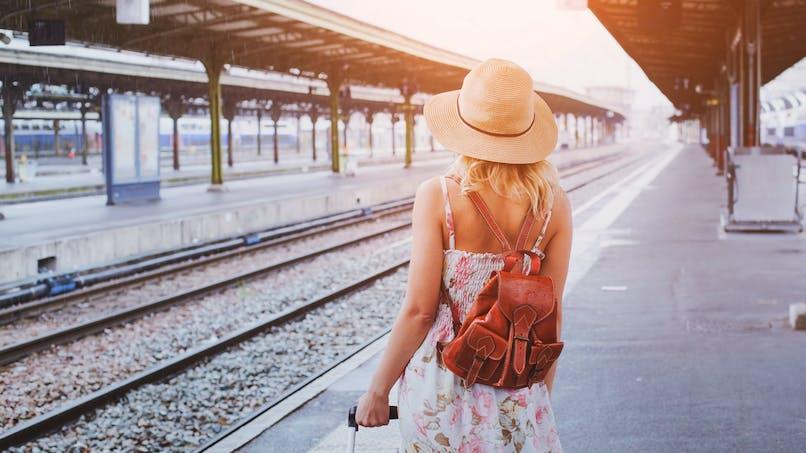 Un enfant tombe entre le train et le quai : une vidéo met en garde les familles avant les vacances