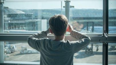 Avion : une maman partage l'émouvant message d'un passager qui a voyagé avec son fils autiste