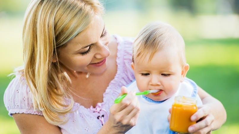 Alimentation infantile : elle contient trop de sucres pour l'OMS