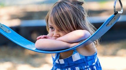 Autisme : pourquoi 90 % des personnes qui en souffrent ont des problèmes intestinaux ?