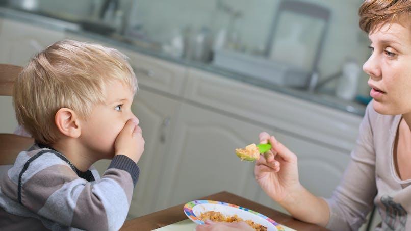 Autisme : le détecter grâce au comportement alimentaire