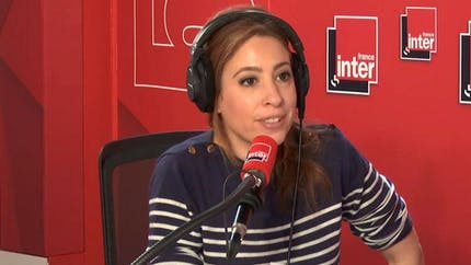 "Léa Salamé éloignée de l'antenne : ""Je m'occupe de mon fils"""