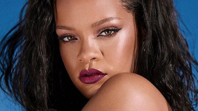 Une petite fille sosie de Rihanna, la star n'en revient pas ! (Photo)