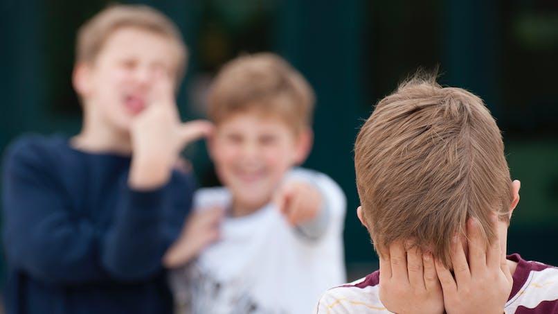Autisme : de nombreux enfants moqués par leurs frères et sœurs