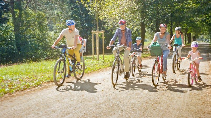 Comment faire des sorties vélo en famille en toute sécurité