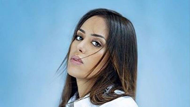 Amel Bent maman : le joli cliché de ses filles Sofia et Hana en vacances