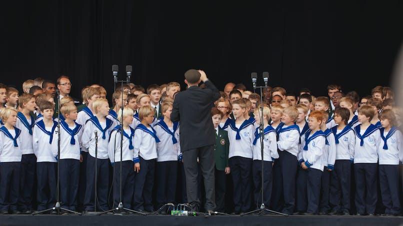 Allemagne : une fillette de 9 ans fait un procès à une chorale de garçons qui la refuse