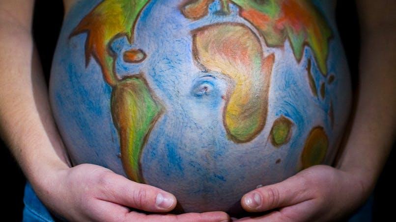 Avoir un enfant malgré la crise climatique : l'émouvante lettre d'une maman à son bébé d'un an