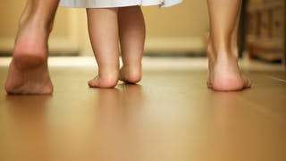 Les premiers pas de Bébé
