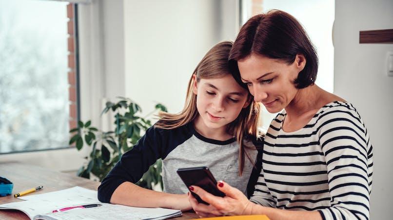 25 % des parents ont du mal à aider leur ado à devenir indépendant