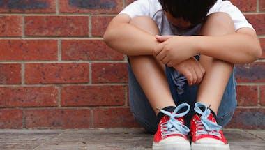 Un petit garçon lance un appel pour retrouver la bague de sa maman décédée