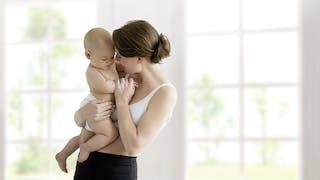 Le nouveau tire-lait Swing Maxi FlexTM* de Medela : Plus de lait et plus de confort pour tirer son lait !