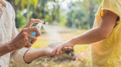 Répulsifs et autres anti-moustiques : des pesticides mal utilisés par les Français