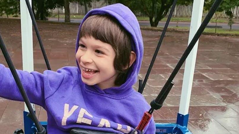 Une maman imagine une machine pour aider à son fils handicapé de faire du skate