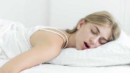 Syndrome de la Belle au bois dormant : une ado dort plusieurs mois d'affilée