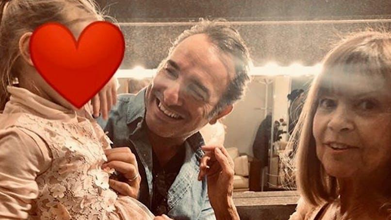 Jean Dujardin dort avec sa fille :