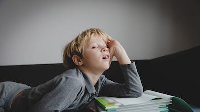 enfant devient ses devoirs