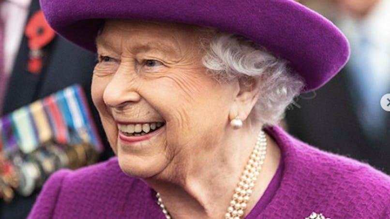 Noël : la reine Elizabeth II ne veut pas d'enfants à table !