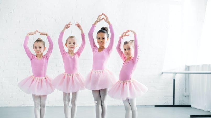 """Pour la première fois, une petite fille noire incarne Marie de """"Casse-noisette"""" dans un ballet"""