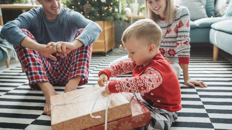 Noël : la règle des quatre cadeaux qui fait fureur au Royaume-Uni