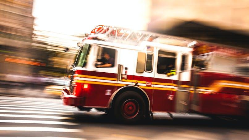 Un bébé naît dans le camion des pompiers la veille de Noël !