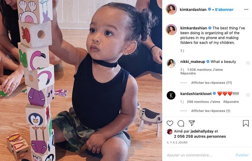 Kim Kardashian : habituée aux sacs Hermes, Chicago aime aussi jouer aux cubes !