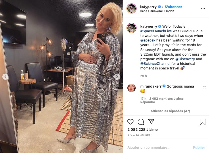 Katy Perry vit une grossesse scintillante