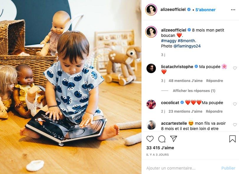 Alizée : Maggy, 8 mois, déjà passionnée de littérature